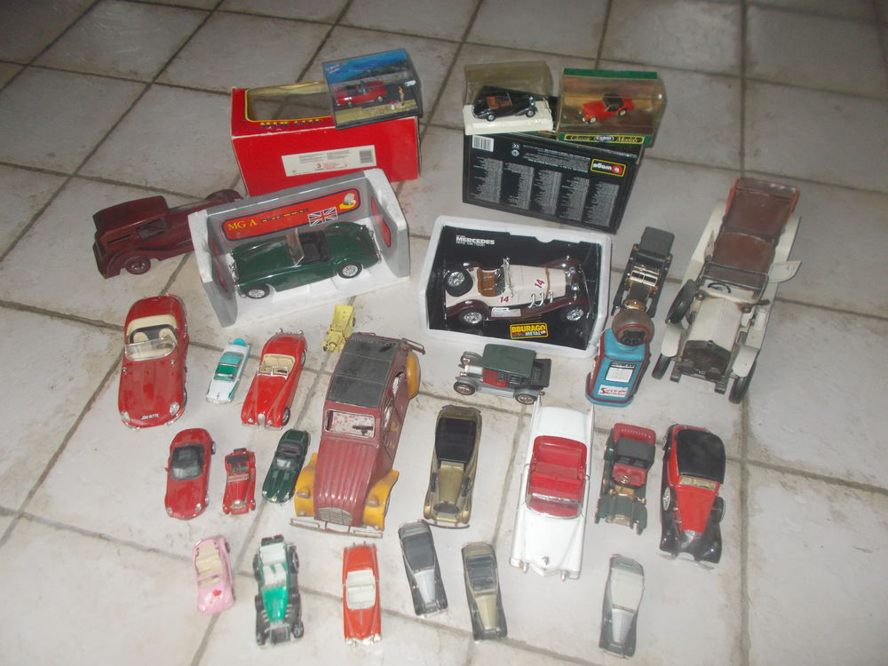 plusieurs voiture de collections faire prix