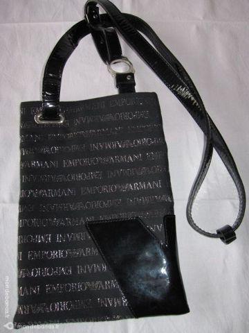 Achetez pochette armani occasion, annonce vente à Chalon-sur-Saône (71)  WB152718148 0640b91645f