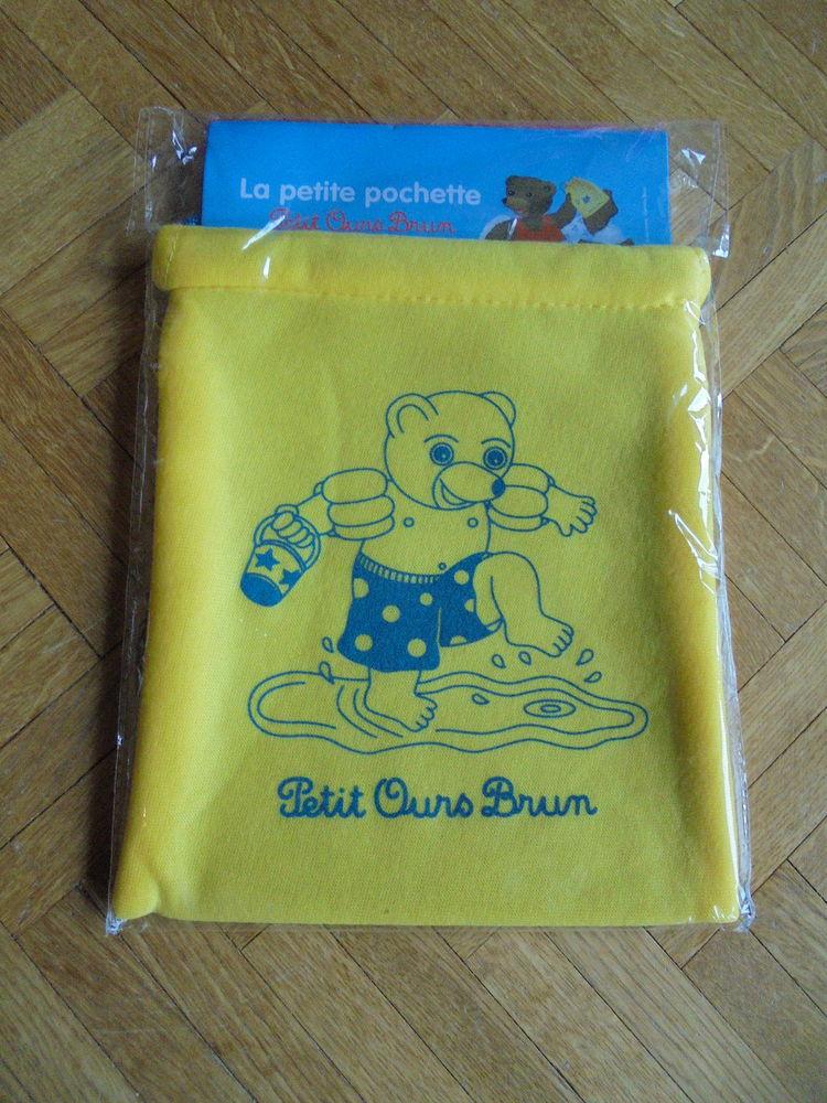 Pochette  Petit ours brun  (98) 3 Tours (37)