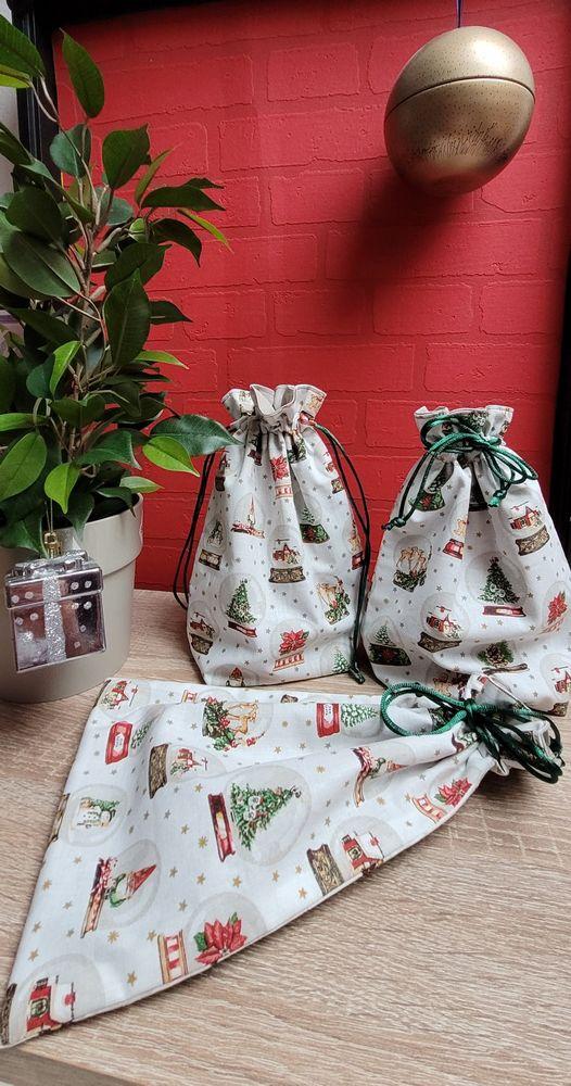 lot 3 pochons cadeaux pour Noël 10 Hettange-Grande (57)