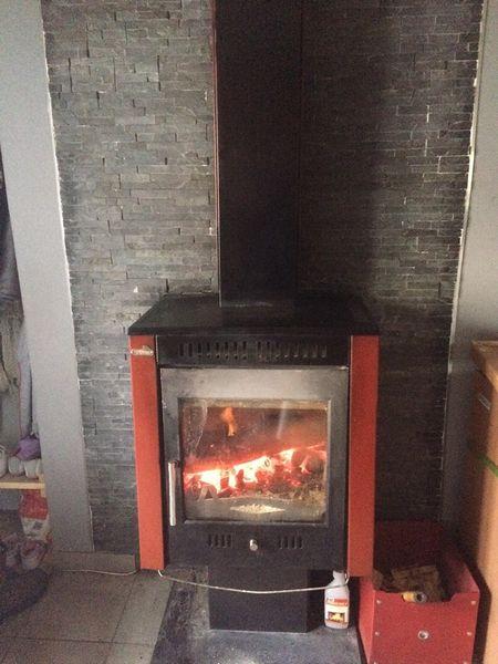 poeles bois occasion en dordogne 24 annonces achat et vente de poeles bois paruvendu. Black Bedroom Furniture Sets. Home Design Ideas