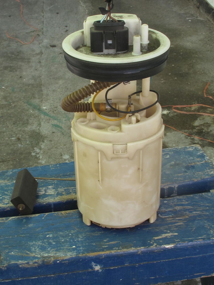 pompe à essence POLO 90 Le Port (97)