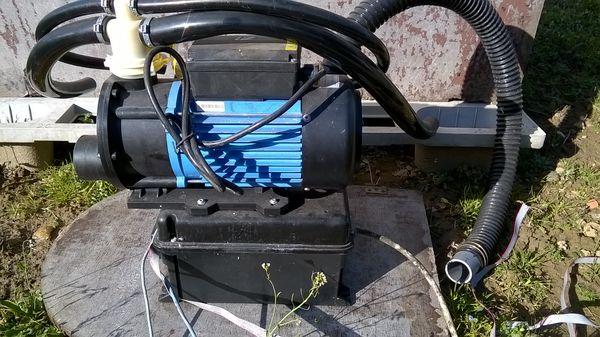 Achetez pompe pour jacuzzi occasion annonce vente nencourt le sec 60 wb153898004 for Jacuzzi jardin occasion