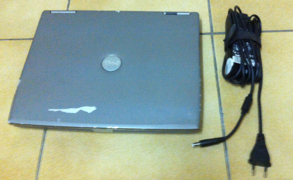 PC portable Dell Wifi DVD CDRW  (dual boot Windows 98 / XP) 140 Sceaux (92)