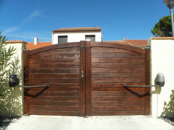 Portails occasion dans les pyr n es orientales 66 for Portail garage motorise