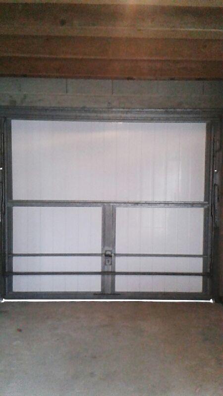 Portails de garage PVC 260 Euros la pièce 260 Challans (85)
