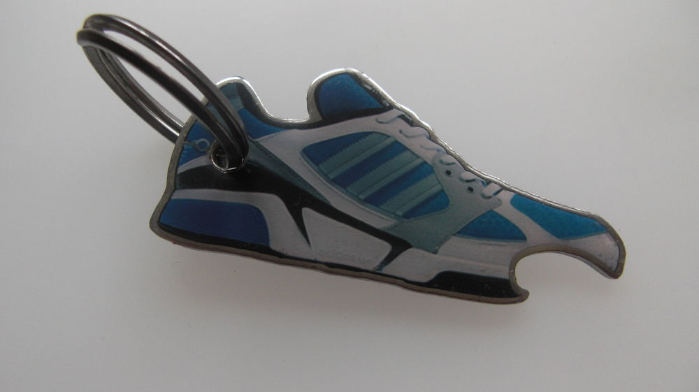 Porte clé Adidas 2 Reipertswiller (67)