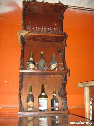 Bar et porte-bouteilles cèpes de vigne 425 Le Vernois (39)