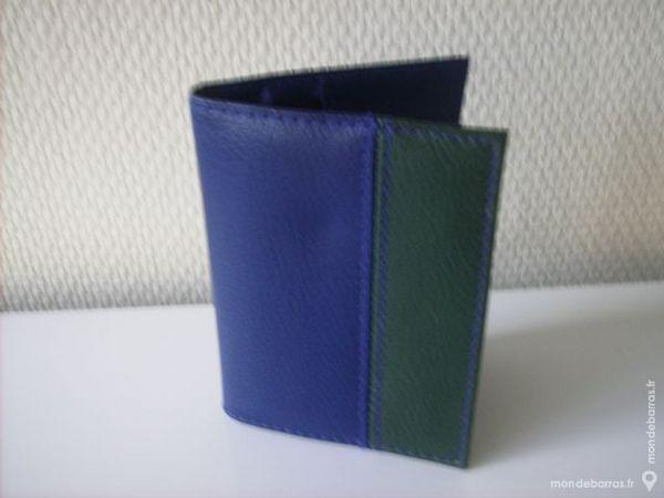 Porte cartes bleu et vert FINAREF 4 Rennes (35)