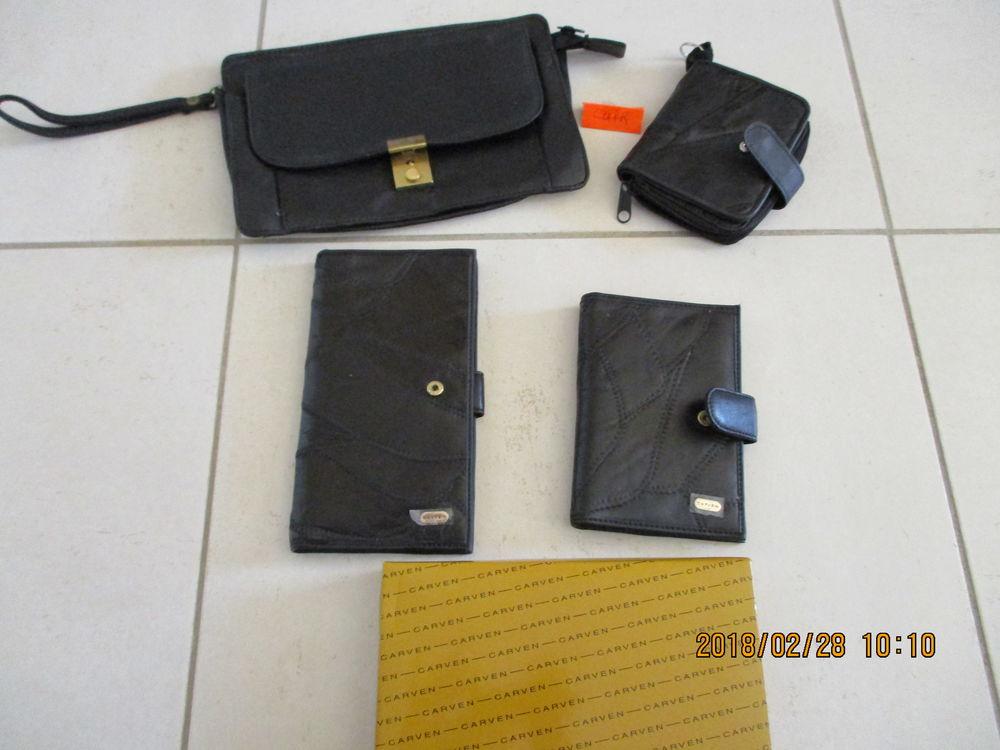 Lot de porte-chèquier, portefeuille cuir Carven et + ... 40 Le Vernois (39)