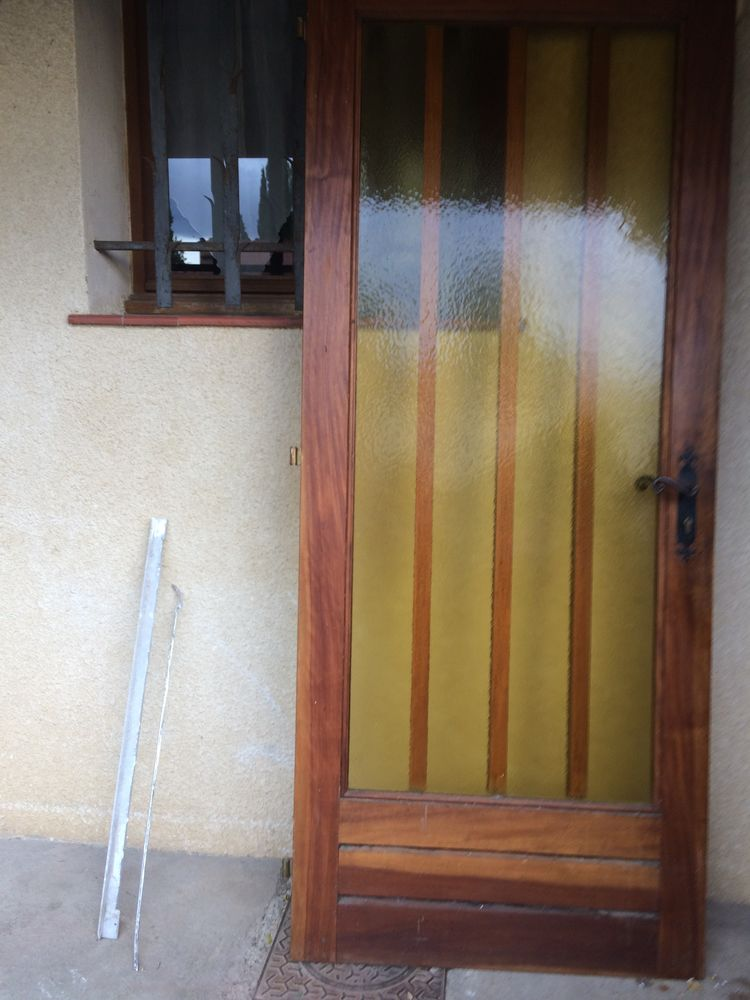 porte  d entrée 50 Saint-Laurent-de-la-Salanque (66)