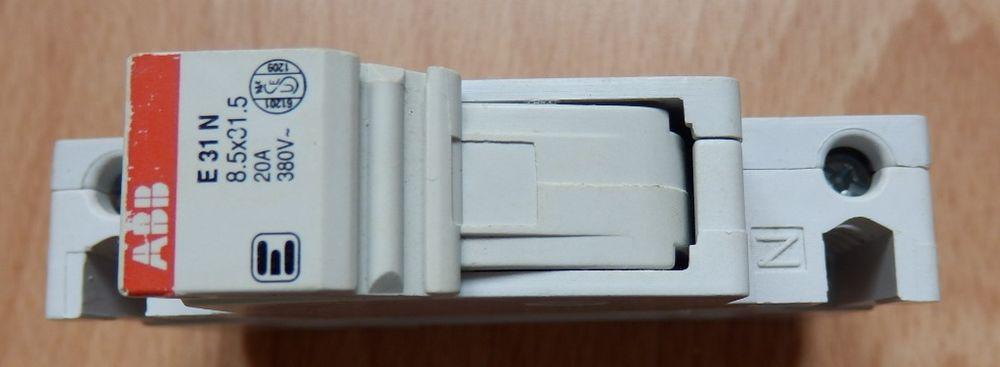 Porte fusible ABB 10, 20 et 32A : Très bon état 2 Évry (91)