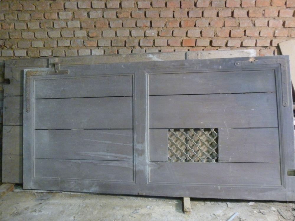 Porte de garage ancienne