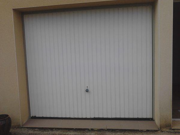 portes de garage occasion en midi pyr n es annonces achat et vente de portes de garage. Black Bedroom Furniture Sets. Home Design Ideas