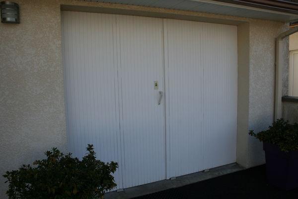 Portes de garage occasion dans les pyr n es atlantiques for Porte de garage oregon