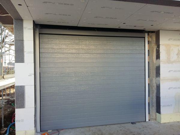 achetez porte de garage a occasion annonce vente s gny 01 wb153332828. Black Bedroom Furniture Sets. Home Design Ideas