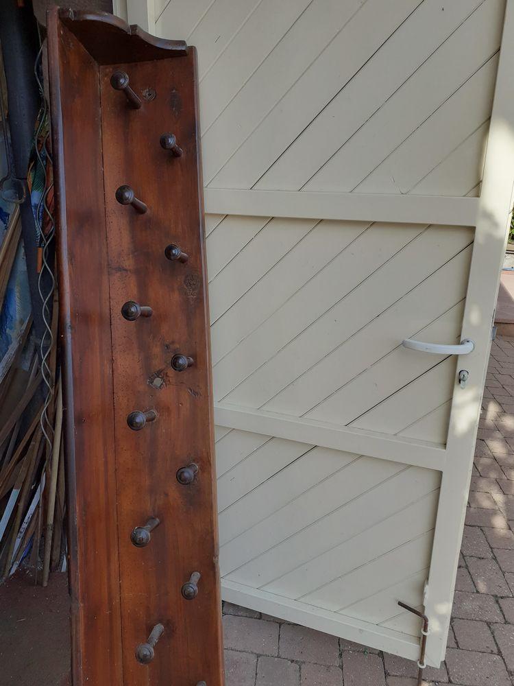 Porte manteau bois rustique 0 Eschbourg (67)