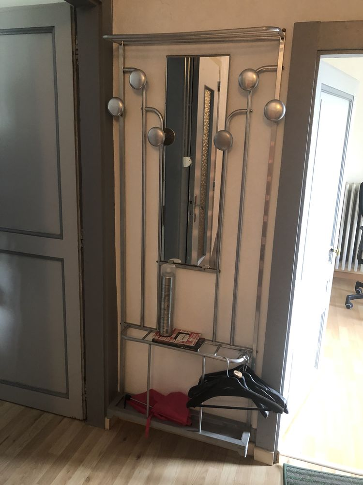 Porte manteau / vestiaire d'entrée