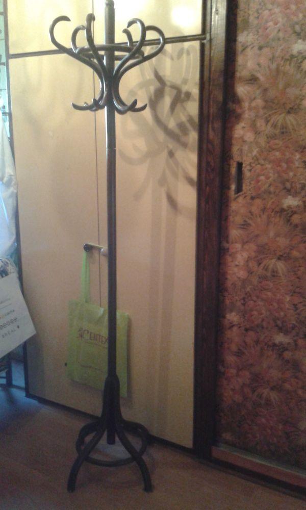 portes manteaux occasion dans l 39 ain 01 annonces achat et vente de portes manteaux. Black Bedroom Furniture Sets. Home Design Ideas