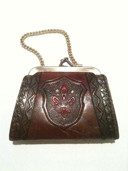 Porte monnaie ancien en cuir