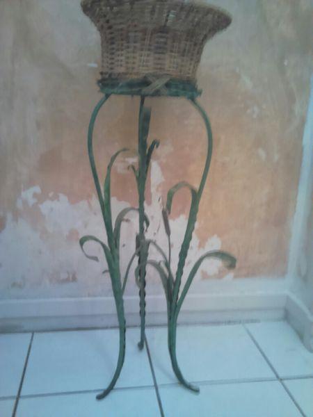 plantes occasion dans les hauts de seine 92 annonces achat et vente de plantes paruvendu. Black Bedroom Furniture Sets. Home Design Ideas