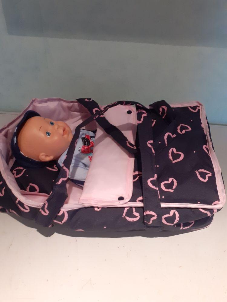 porte porte-bébé et poupon Jeux / jouets