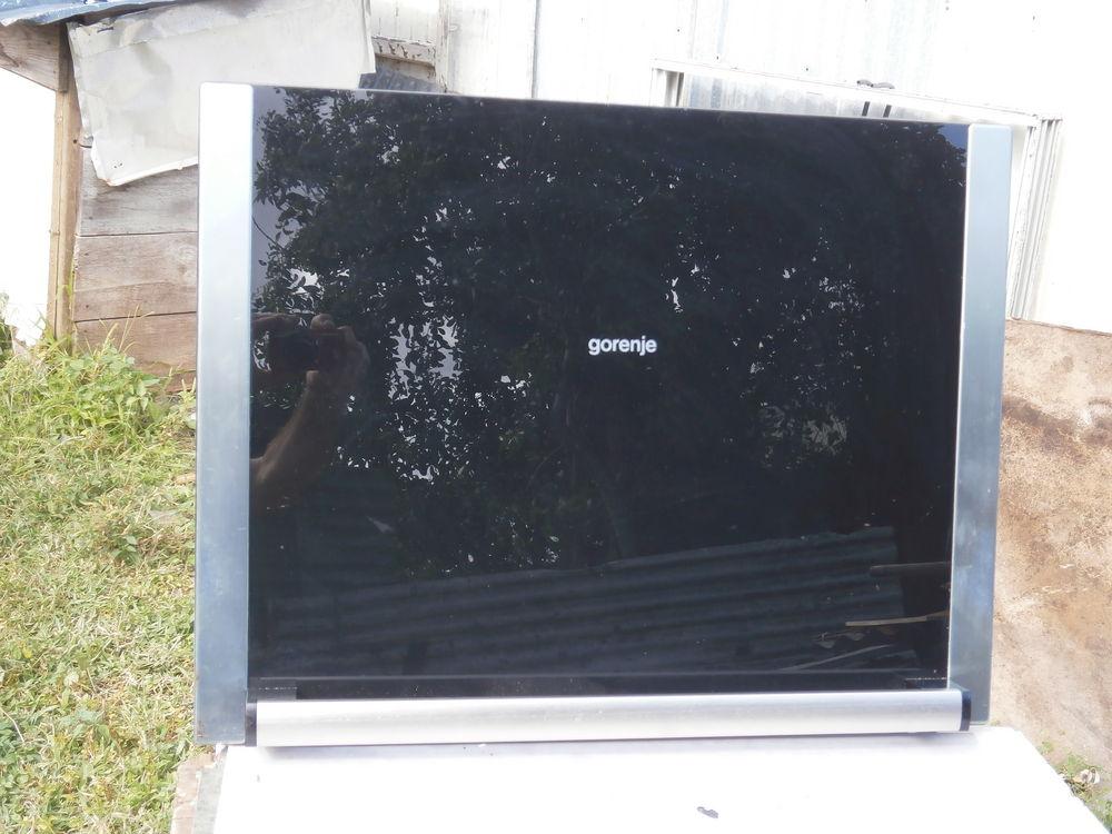 electrom nager occasion la r union 97 annonces achat et vente de electrom nager paruvendu. Black Bedroom Furniture Sets. Home Design Ideas