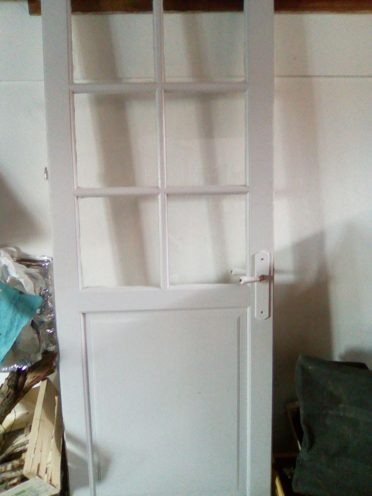 Porte vitrée 25 Templemars (59)