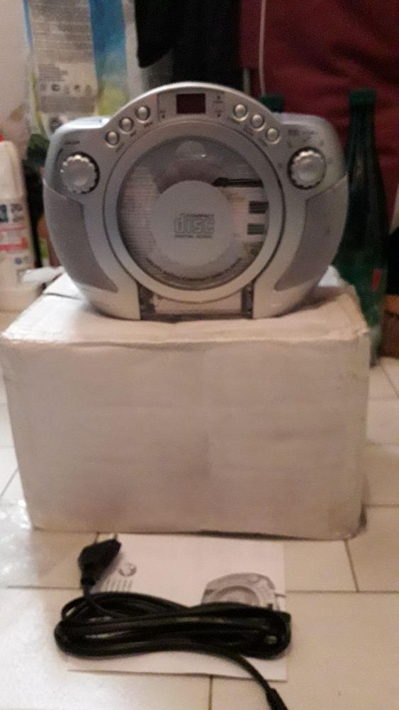 POSTE RADIO TOUT NEUF DE MARQUE LUXELLE Audio et hifi