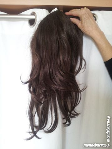 postiche cheveux naturels à clip