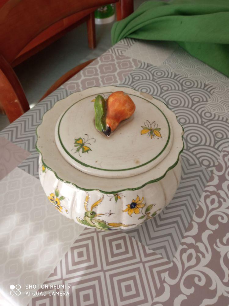 Poubelle de table 0 Fougères (35)