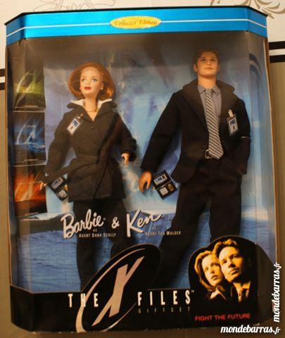 Poupée Barbie & Ken colector édition   The X-Files    150 Cabestany (66)
