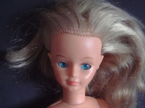 poupée Cathie de Bella blonde 22 Épernay (51)