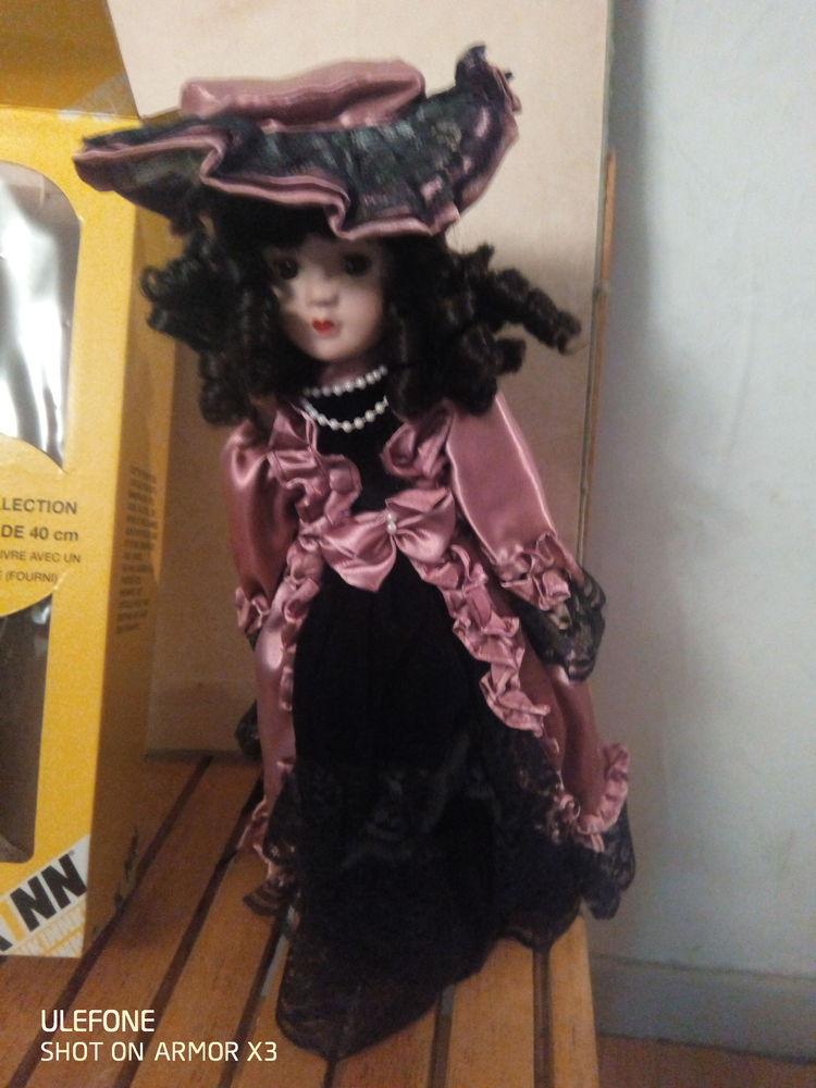 poupée de collection 100 Pau (64)