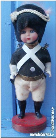 Poupée miniature, soldat, marque ROMA 5 Montauban (82)