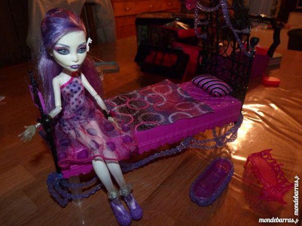 Lit + poupée Monster High 25 Anglet (64)