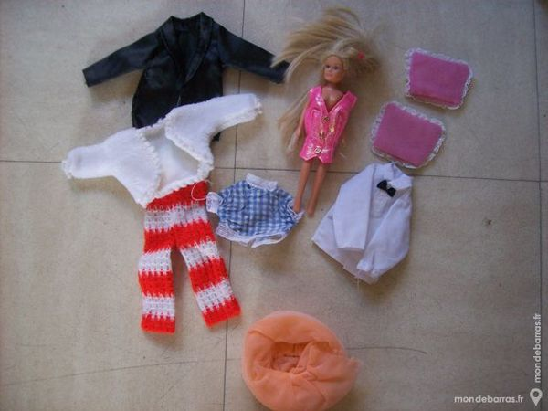 poupées BARBIE habillées - zoeads 7 Martigues (13)