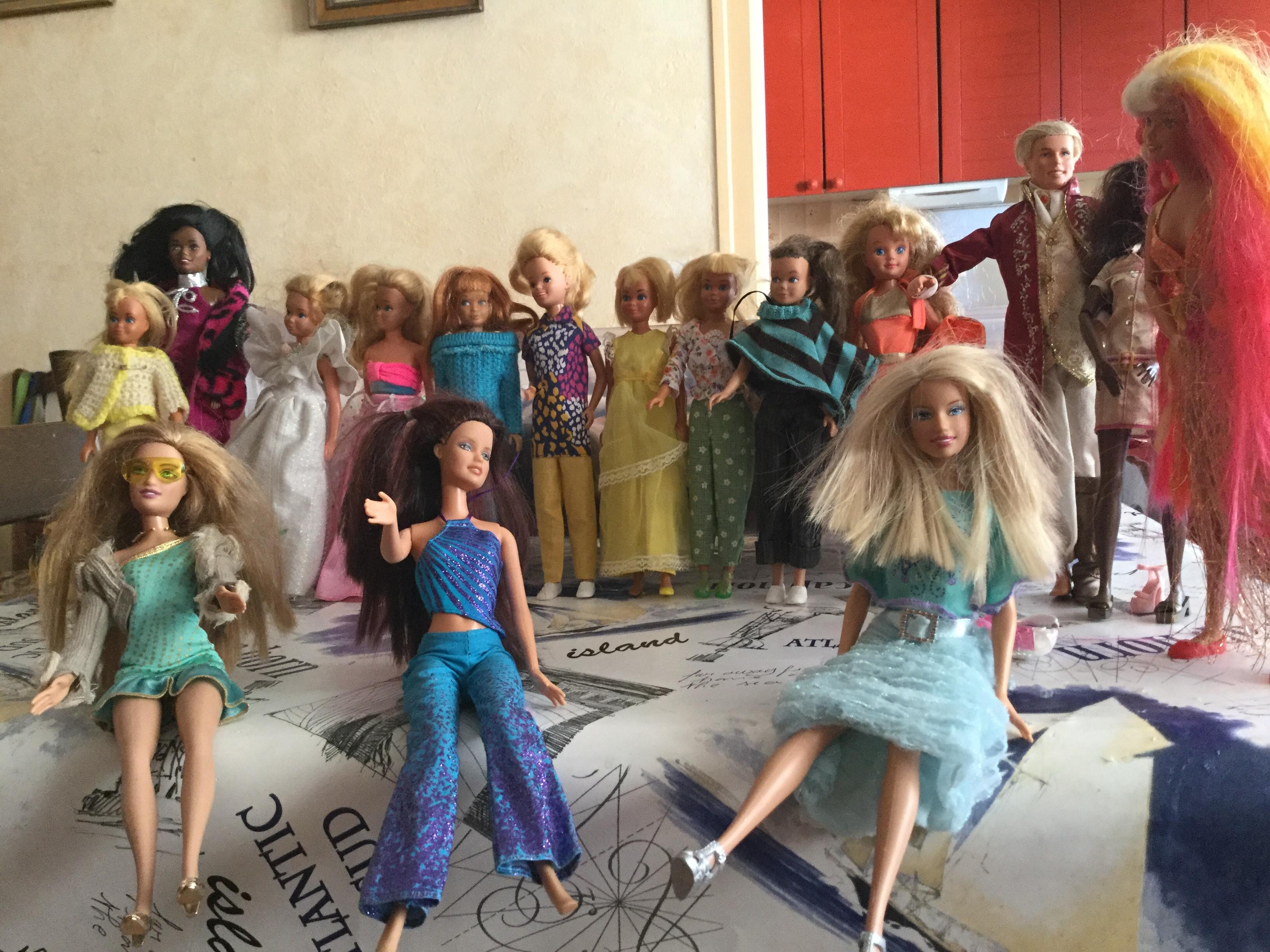 lot de poupées barbie 50 Pantin (93)