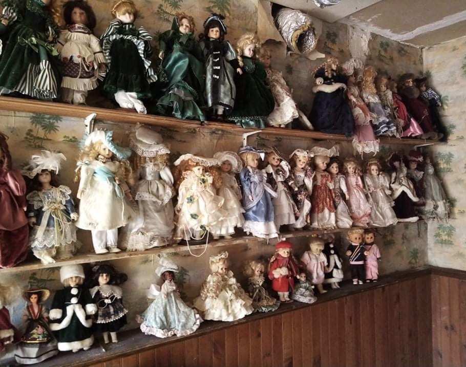 Poupées de collection porcelaine  12 Mers-les-Bains (80)