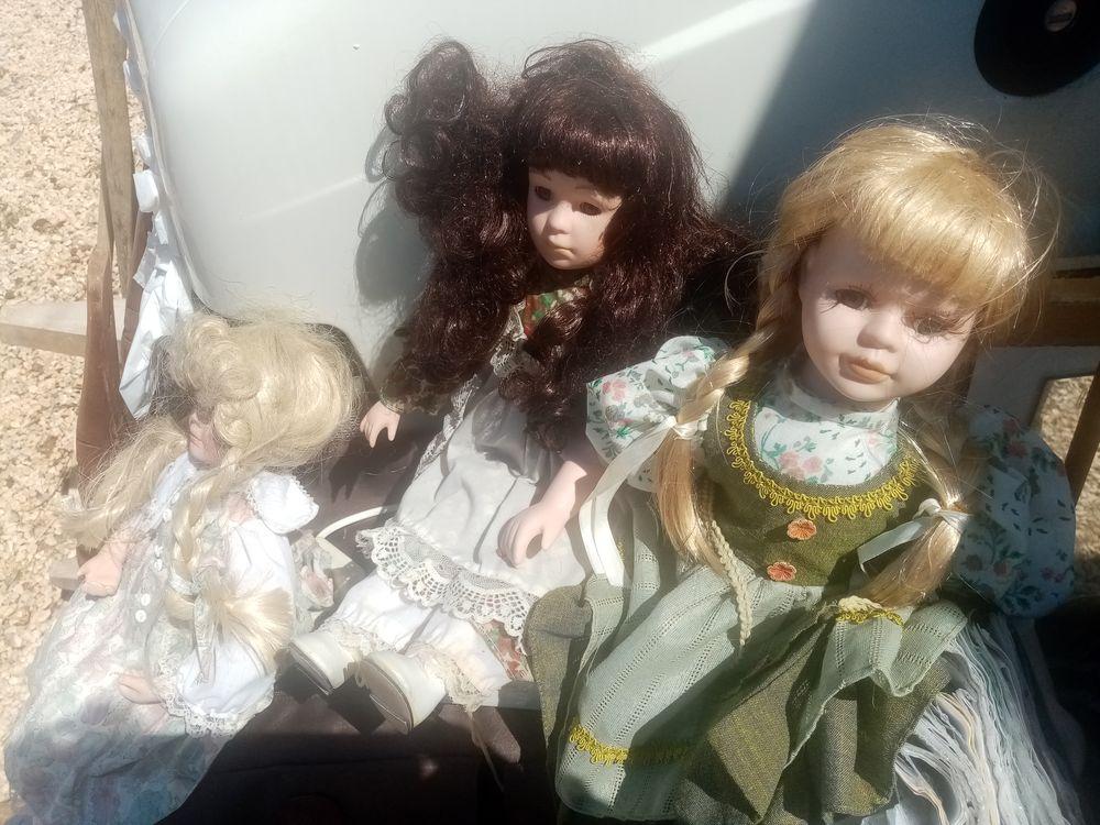 3 poupées porcelaine tbe 0 Valence (26)