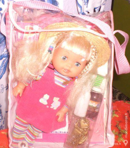 Lot de 3 poupées Jeux / jouets