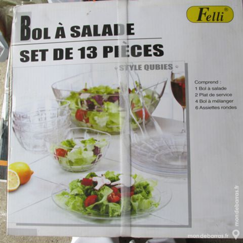SET POUR SALADE NEUF 13 PIECES 15 Saint-Genis-Laval (69)