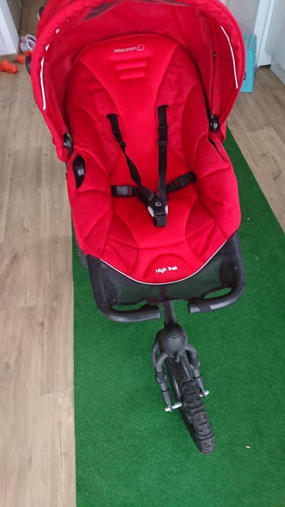Poussette 3 roues High Trek de Bébé Confort 350 Cailly (76)