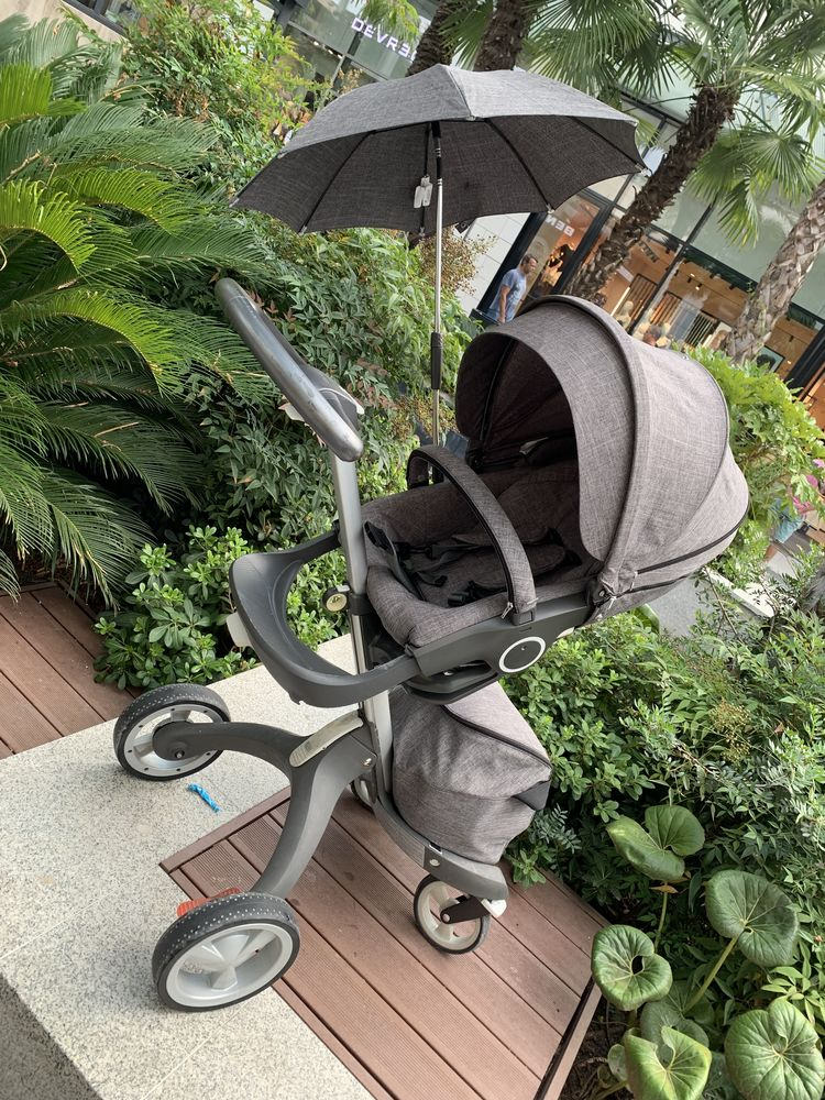 Poussette Stokke Grise  550 Nice (06)