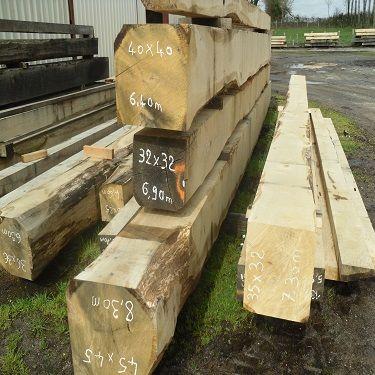 poutres chêne 40x40 longueur 4m50 562 Parthenay (79)