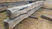 poutres chêne 50x50 longueur 6m80 et 7m60 210 Parthenay (79)
