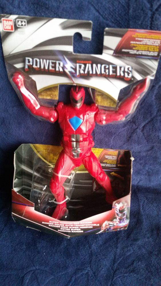 Power rangers transformable. Neuf dans sa boîte d'origine.  12 La Génétouze (85)