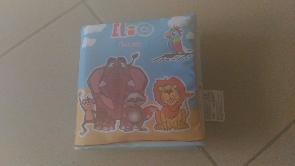 mon premier livre tissu elio et ses amis des 3 mois jeu evei 4 Savigny-sur-Orge (91)