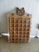 Présentoir bois de miniatures décors chat en très bon état  10 Castelnau-le-Lez (34)
