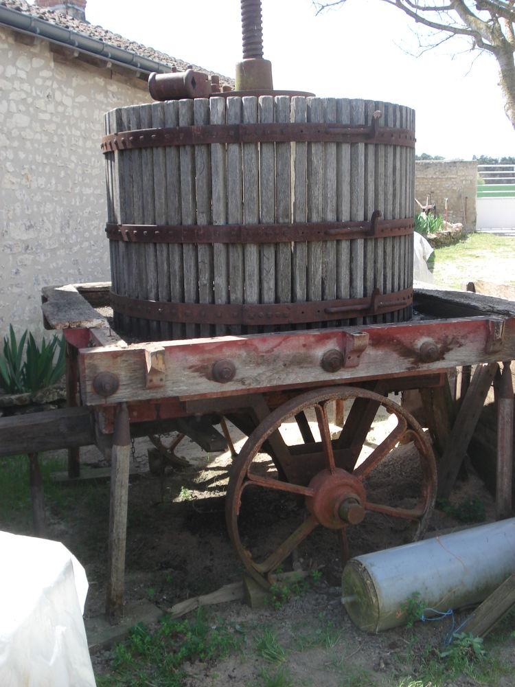 pressoir sur roues 70 Montlouis-sur-Loire (37)